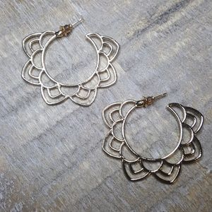 Jewelry - Lotus flower earrings